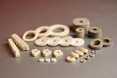 Typické plstené komponenty